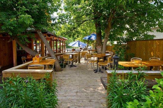 Chelsea Pub: Découvrez notre belle terrasse !