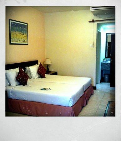 Bukit Merah Laketown Resort: Room