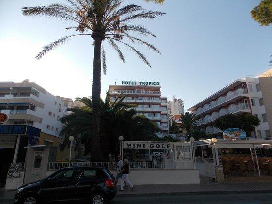 Hotel Tropico Playa: Hotel view