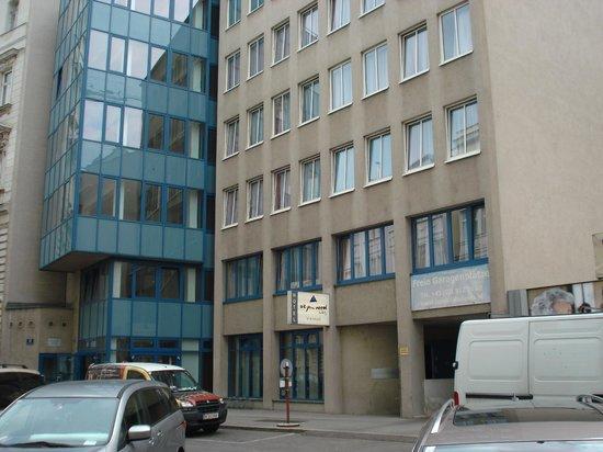 AllYouNeed Hotel Vienna 2: Vista general exterior del hotel