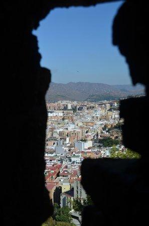 Castillo de Gibralfaro : vue sur malaga
