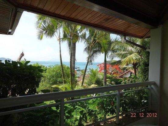 Atlantico Buzios Hotel : Vista do Apto.  (que era com vista para o mar....)