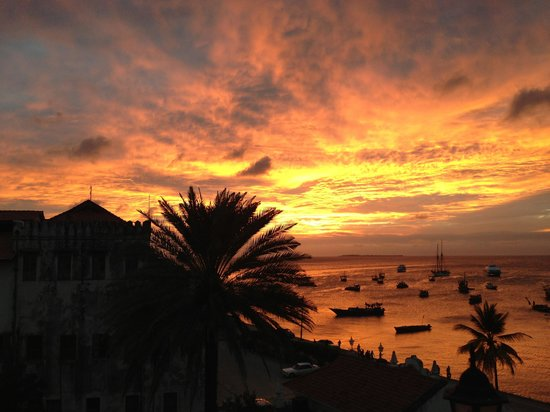 The Seyyida Hotel & Spa: Sunset