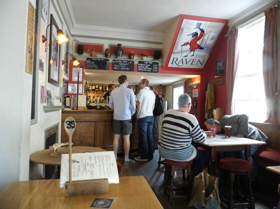 The Raven of Bath: Upstairs bar