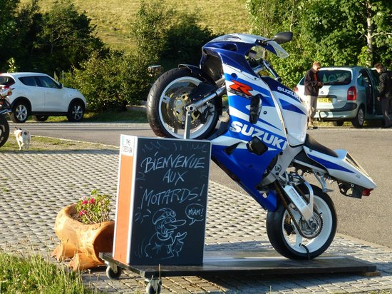 Auberge du Ballon d'Alsace: Bikers are welcome!