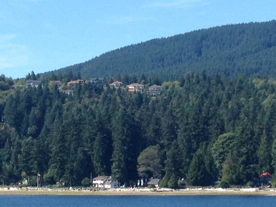 Ocean Ridge Retreat: View of the B&B from the ferry