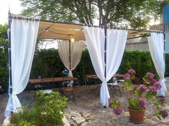 Agriturismo Masseria Calongo: un romantico gazebo!!!!