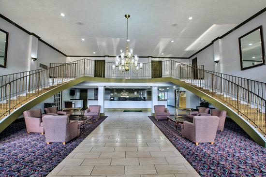 Quality Inn: Lobby-1