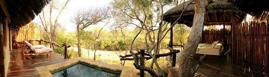 Simbambili Game Lodge: Our Sala