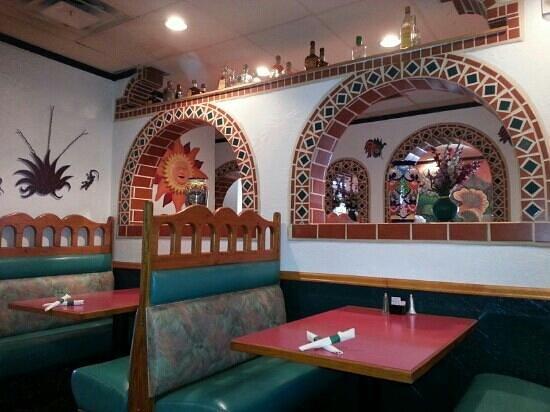 Los Agaves: pretty decor