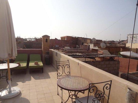 Riad Lorsya: Roof