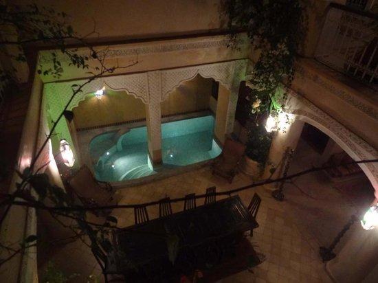 Riad Lorsya: Courtyard