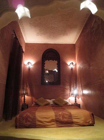 رياض لورسيا: Rose Room