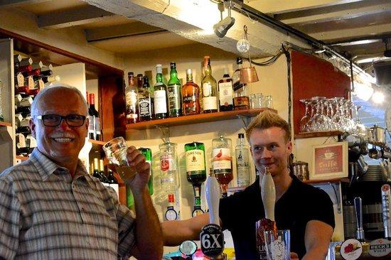 The Kings Arms: Friendly Pub