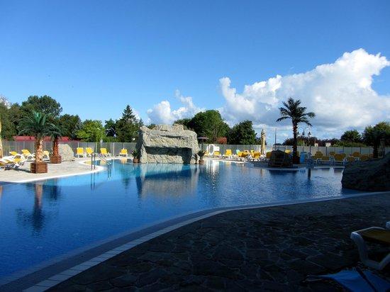 Centrum Zdrowia i Wypoczynku Ikar Plaza: Hotellområde pool