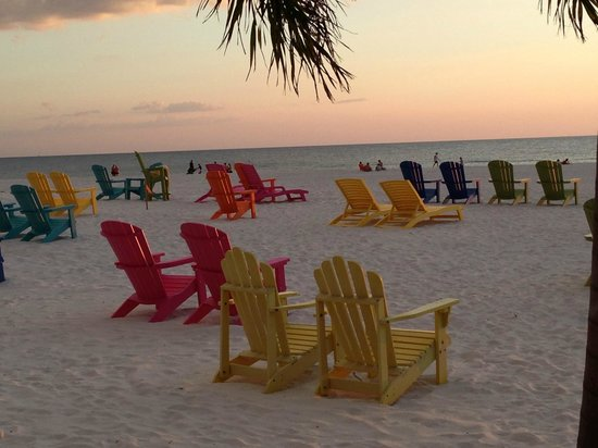 Plaza Beach Hotel - Beachfront Resort: chairs provided by the resort on the beach outside the pool area