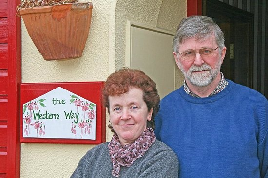 The Western Way Bed and Breakfast: Proprietors Edwina and Maurice