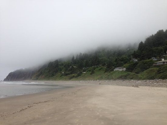 The Awtrey House: View of cliffs from beach - Awtrey house is on right