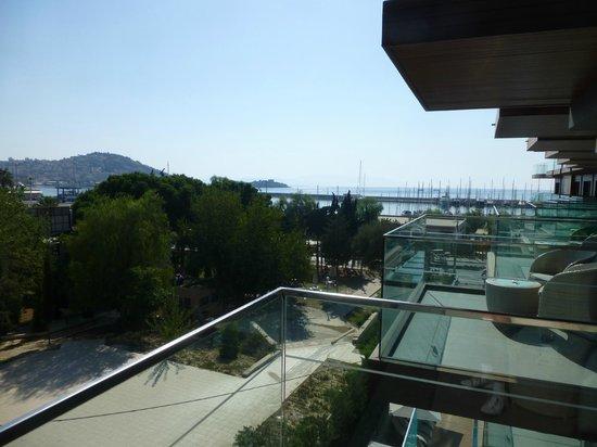 DoubleTree by Hilton Hotel Kusadasi: Balcony