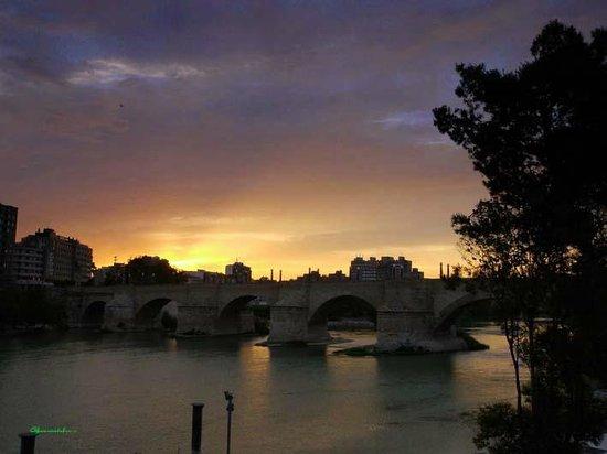 Hotel GIT Ciudad de Zaragoza : Ebro river