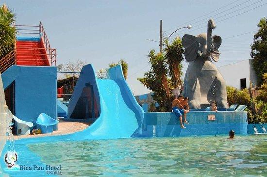 Bica Pau Hotel Thermas Toboágua Menor Piscina Do Elefante