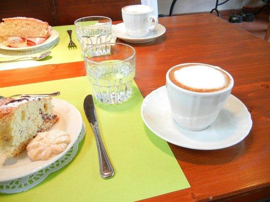 Albergo Ristorante La Macchia: Made to order coffee.