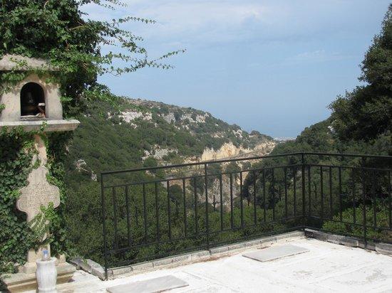Hotel Palladion: view from Akadi monastry