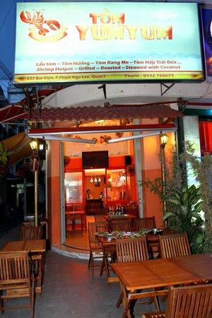 Tom Yum Yum Restaurant
