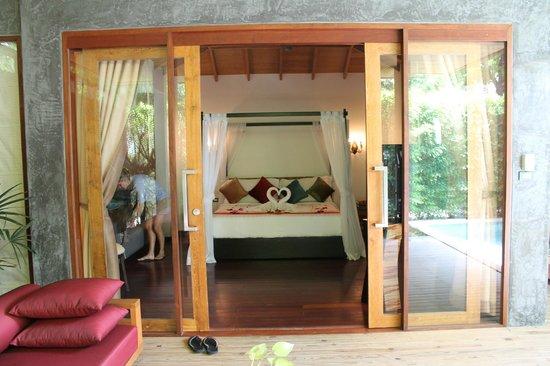 Tango Luxe Beach Villa: honeymoon room!