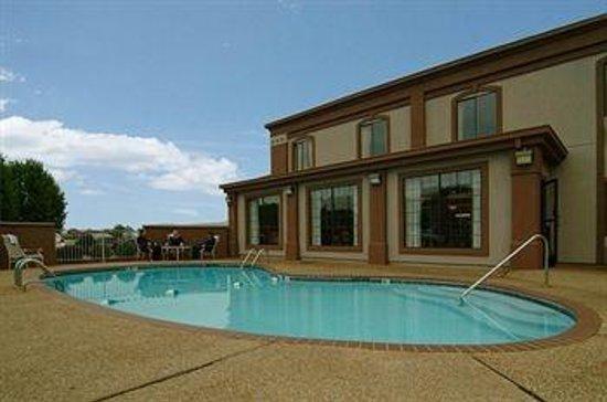 BEST WESTERN Aspen Hotel : Pool Area