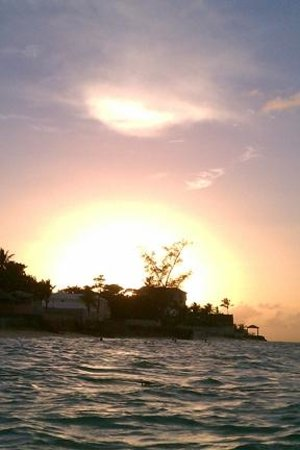 West Wind Club II: Sunset view from the water at Cable Beach