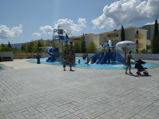 Alykanas Village Hotel: splashpark, young kids'area
