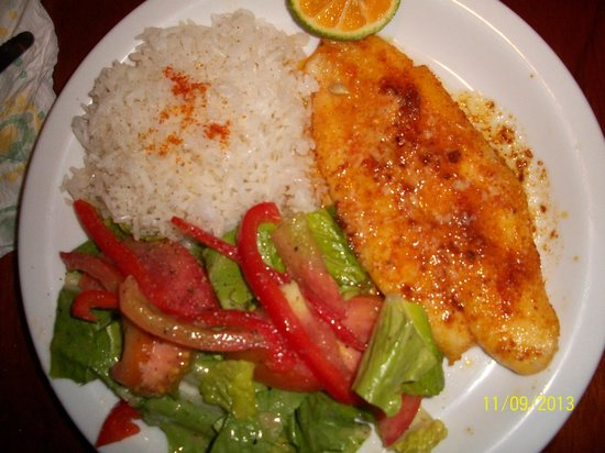 The Fish House: corvina al la plancha with butter/garlic, white rice and salad