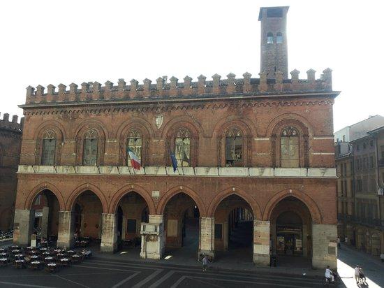 Battistero foto di cattedrale di cremona e torrazzo for Cose cremona