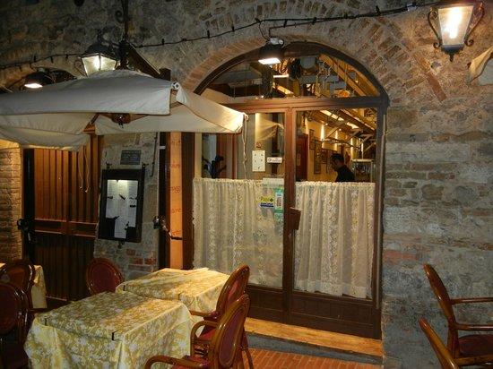 Antica Macelleria Trattoria: Exterior of restaurant with outdoor seating.