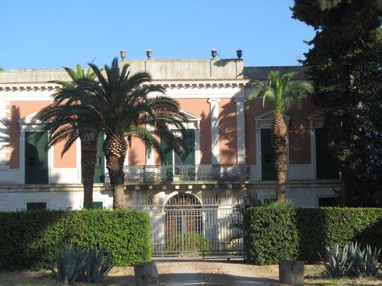 Villa Casadangelo : vue de face