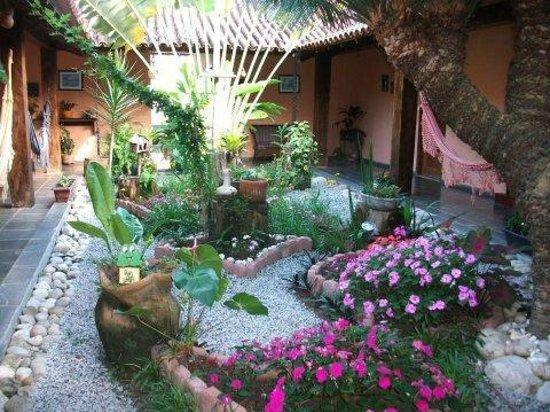 Pousada Porto Escondido: Garden