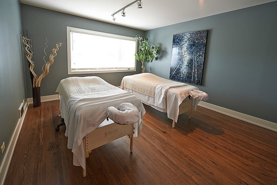 Spa Calgary Couples Massage