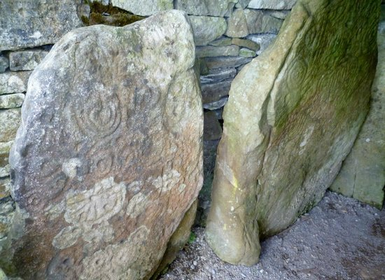 Loughcrew Megalithic Cairns: At the entrance