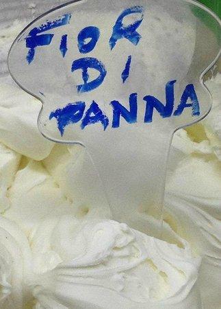 La Vecchia Latteria: Flavor of the day, Fior di Panna.