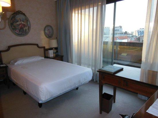 Izan Avenue Louise: room on 7th floor