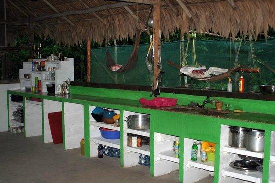 Campingkeuken Maken : Palulu Camping