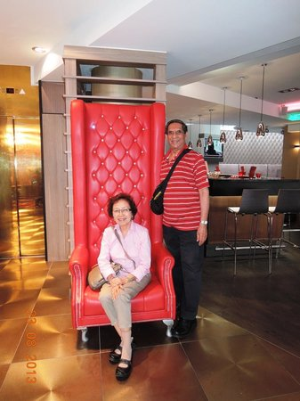 Leonardo Hotel Vienna: You won't miss the tall chair