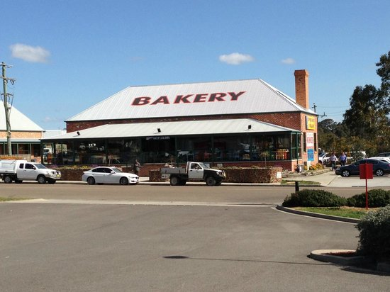 Trappers Bakery of Wagga: Trappers Bakery Goulburn