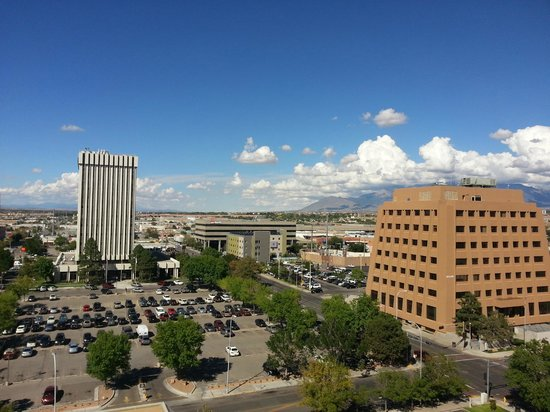 DoubleTree by Hilton Albuquerque: Room view