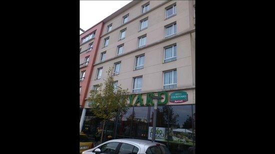 Courtyard Paris La Defense West - Colombes: hotel - I was in the 3rd floor