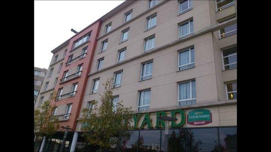 Courtyard Paris La Defense West - Colombes : hotel - I was in the 3rd floor