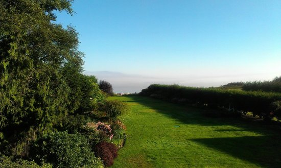 Sea Cliff Gardens Bed & Breakfast: View from Napoleon's Retreat