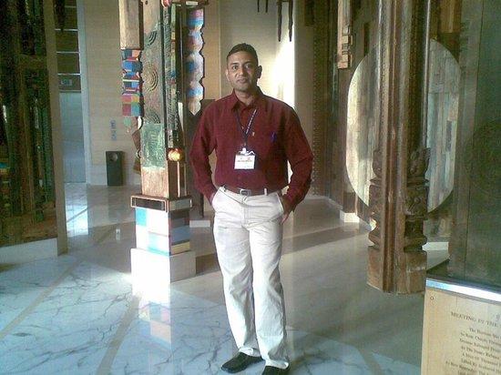 Hyatt Regency Chennai: Me at the entrance