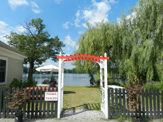 Sokokis Seafood Shack: Friendly, Casual, Charming, and Oh, So Yummy!